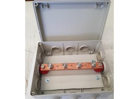 Embarrado de baterías 4 tomas 400A